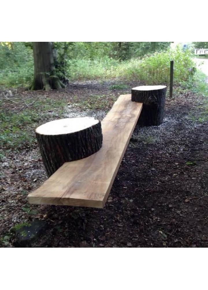 Ławka drewniana z bali do ogrodu z bali